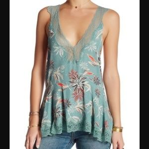 Intimately Free People S Bell Flower lace tank
